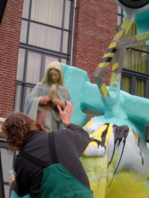 "detail ""Big Mama"", 2006, city of Vlissingen, The Netherlands, polyester"